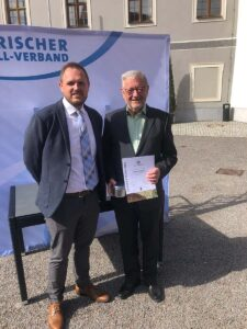 Read more about the article Sonderehrung für Gerhard Egerer