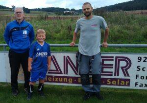 Read more about the article Freude beim Fußballnachwuchs des TSV Pressath